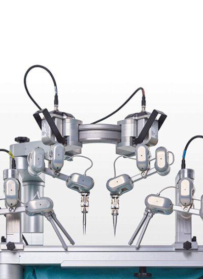 نخستین عمل جراحی ربات